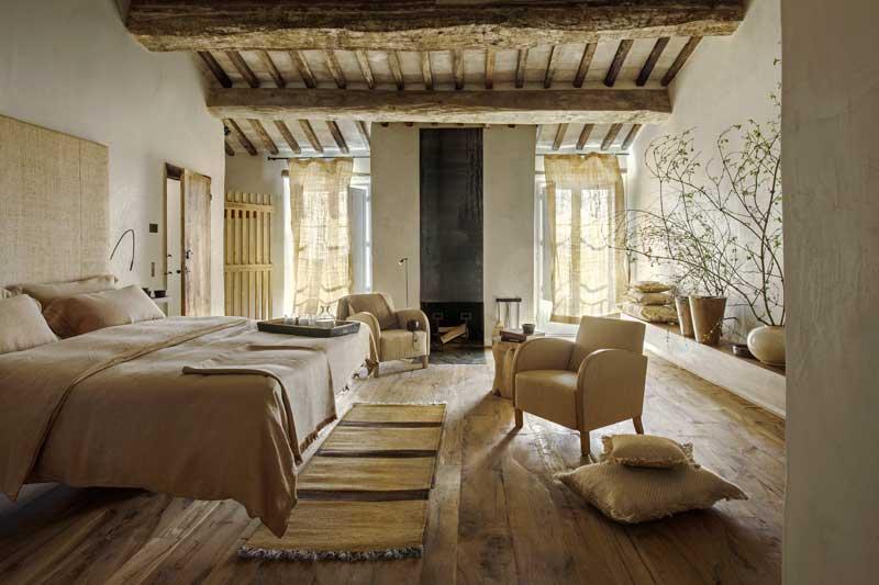 Suite sant andrea 9 monteverdi tuscany for Muebles la toskana